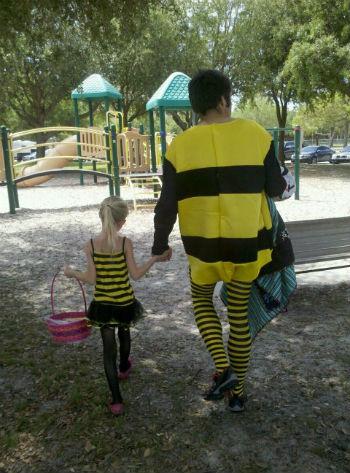 Bumble Bee Couple