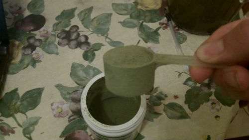 scoop of all day energy greens